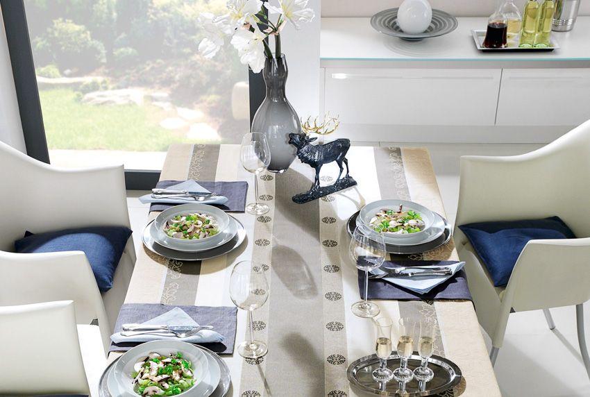 Farblich aufeinander abgestimmtes Einrichten - auch Sitzmöbel und robuste Baumwoll-Tischdecken können für raffinierte farbliche Kontraste sorgen