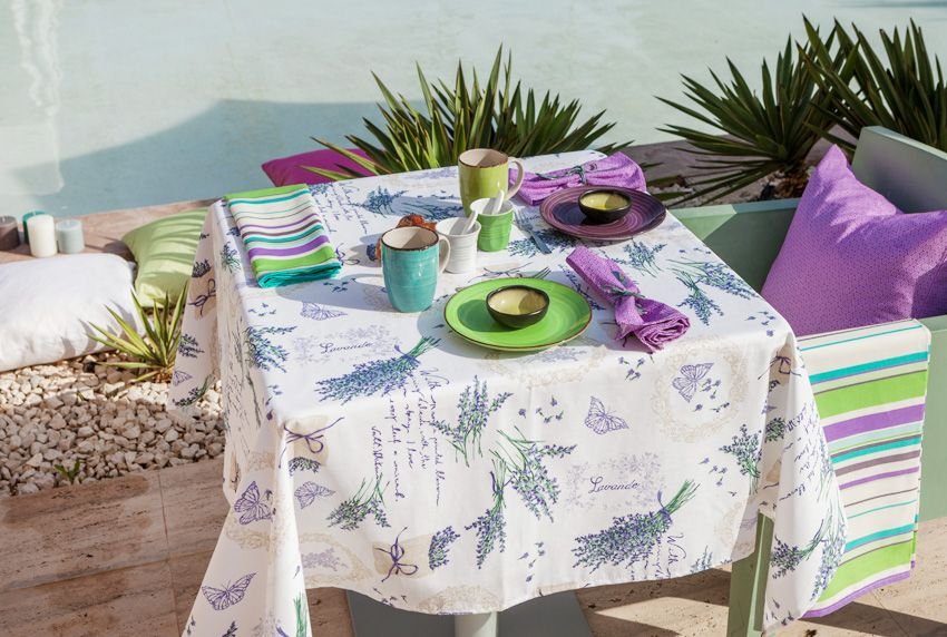 Italienisches Flair im Garten oder im Wohnbereich mit passenden Thementischdecken