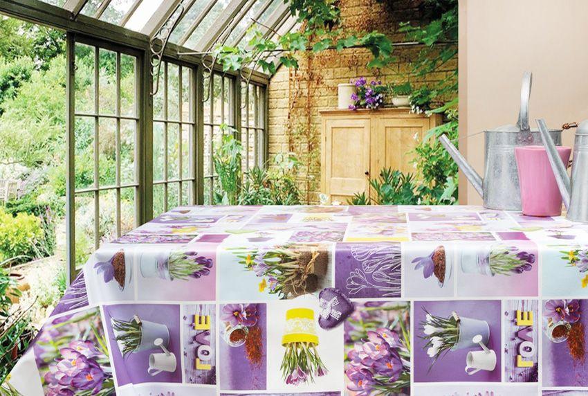 Den Garten in die Wohnung holen - Abwaschbare Tischwäsche mit floralen Motiven