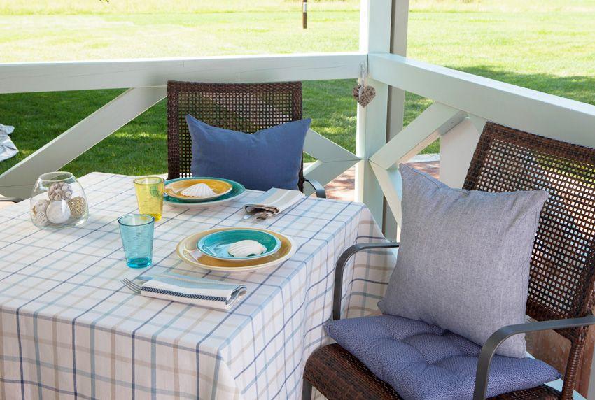 Modern karierte Tischdecken in modischen Farben aus Baumwoll-Wachstuchstoffen