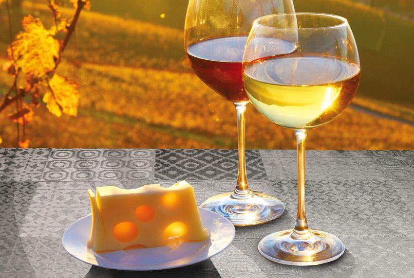 Dolce Vita - zertifizierte Tischwäschen sind für eine anspruchsvolle Nutzung wie geschaffen - traumhafte Tischdecken für ein perfektes Ambiente