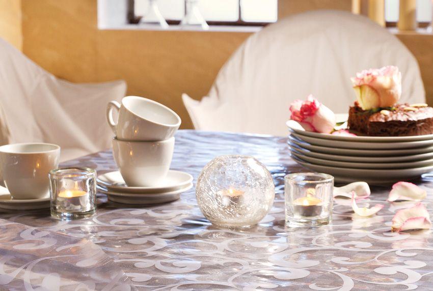 Transparente - halbtransparente und blickdichte Tischbedeckungen - abwaschbare Tischdecken aus Baumwolle sowie Folie oder Wachstuchstoffe nutzen